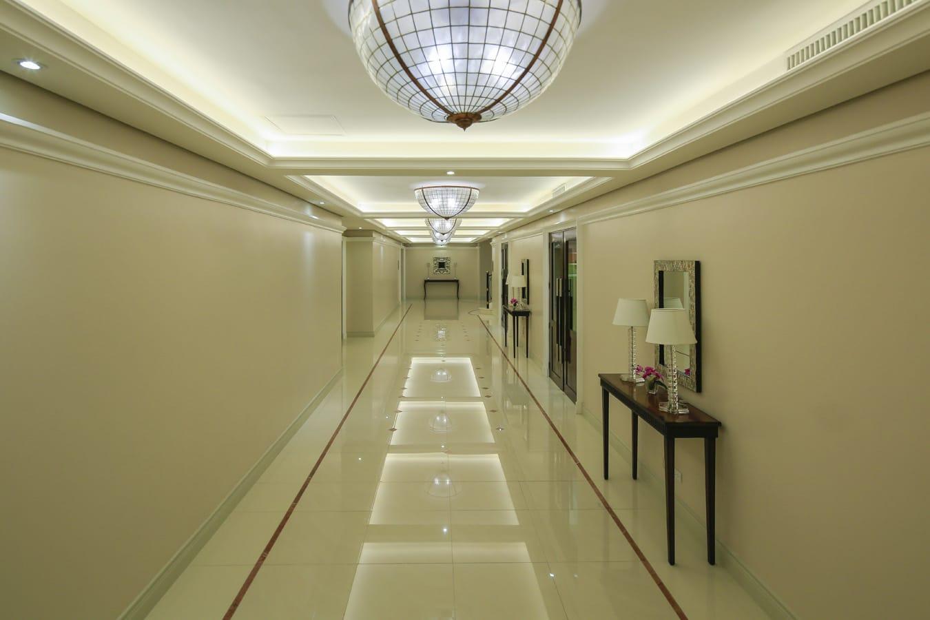 Amenities_Corridor