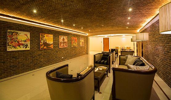 admiral-baysuites-lounge